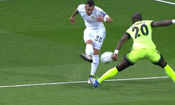 mangala-mano-manchester-city-real-madrid
